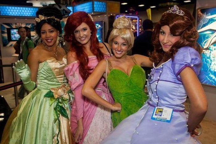 Comic Con 2013 (49 pics)