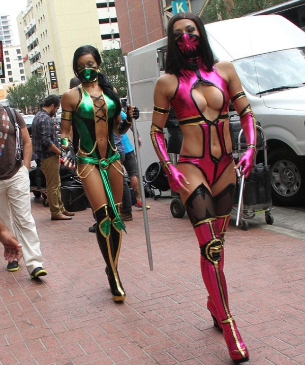 Sexy Mortal Kombat Girls (6 pics)