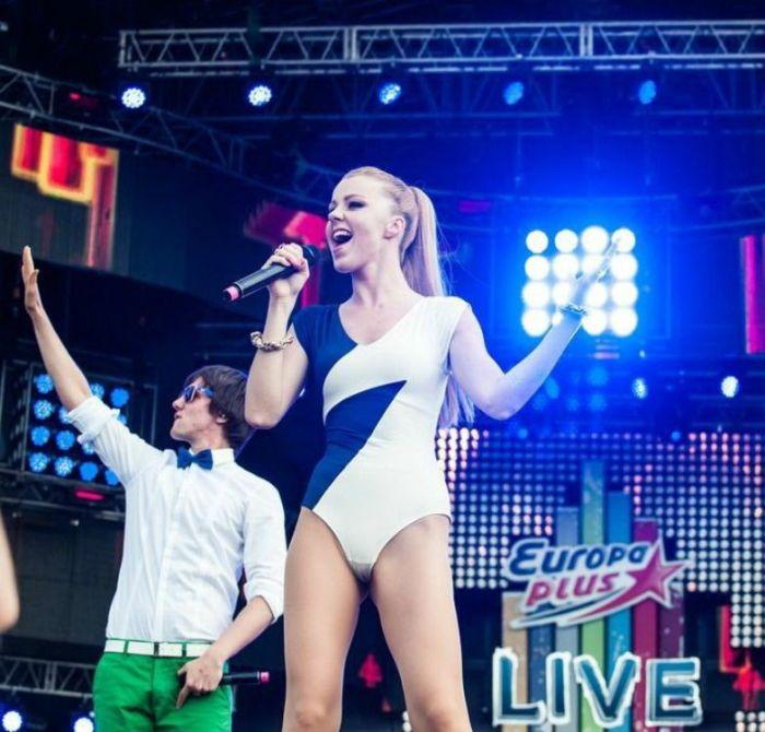 Russian Pop Singers (17 pics)