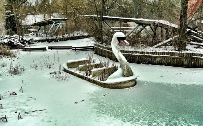 Spreepark, Abandoned German Amusement Park (23 pics)