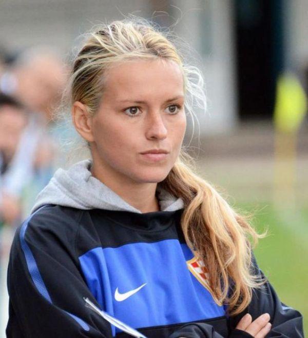 Tihana Nemcic, the Hottest Coach Ever (26 pics)