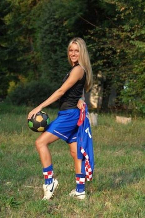 Tihana Nemcic, the Hottest Coach Ever (26 pics)