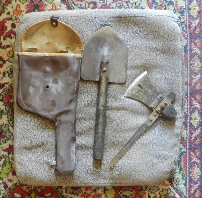 Soviet Saw-Hatchet-Shovel (5 pics)