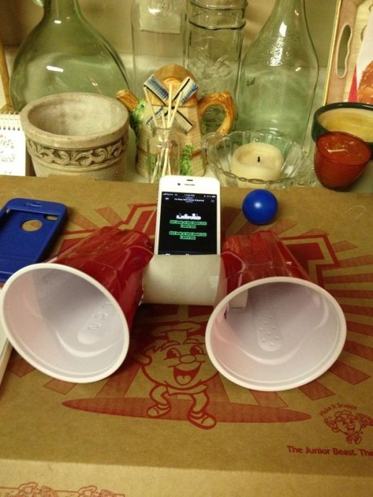 Low-Tech Hacks for High-Tech Gadgets (29 pics)
