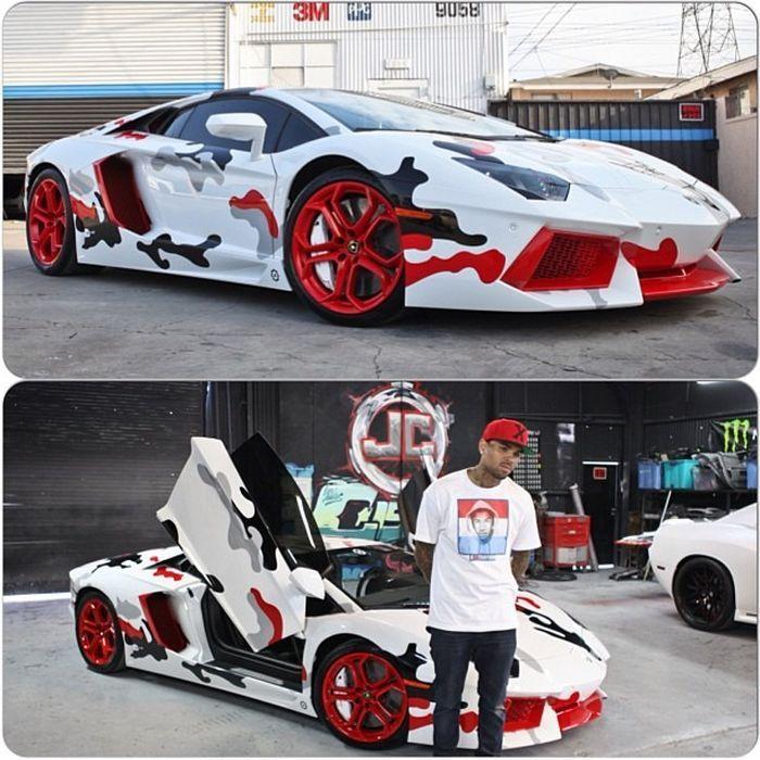 Chris Brown's Lamborghini Aventador (5 pics)