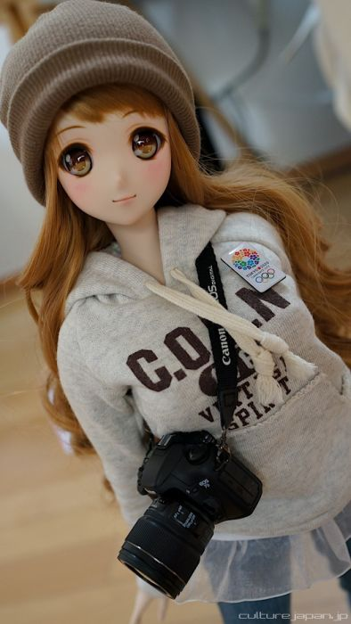 Guy Builds an Anime Doll (43 pics)