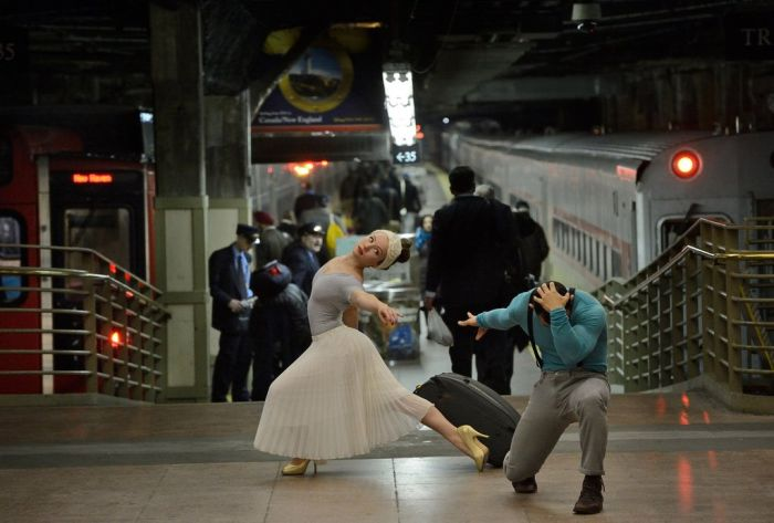 Dancers Among Us (84 pics)