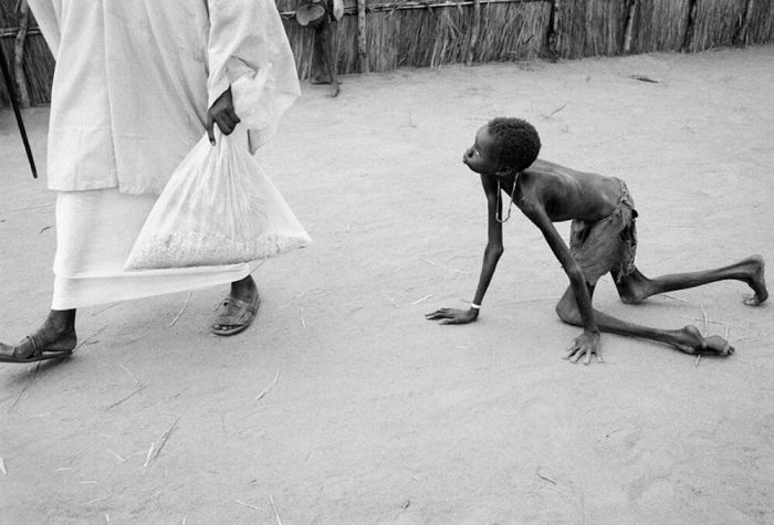 These Photos and Stories Will Make You Sad (20 pics)