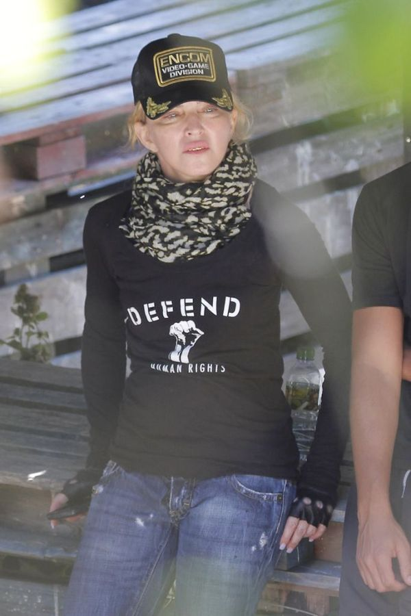 Bling-Bling Madonna (14 pics)