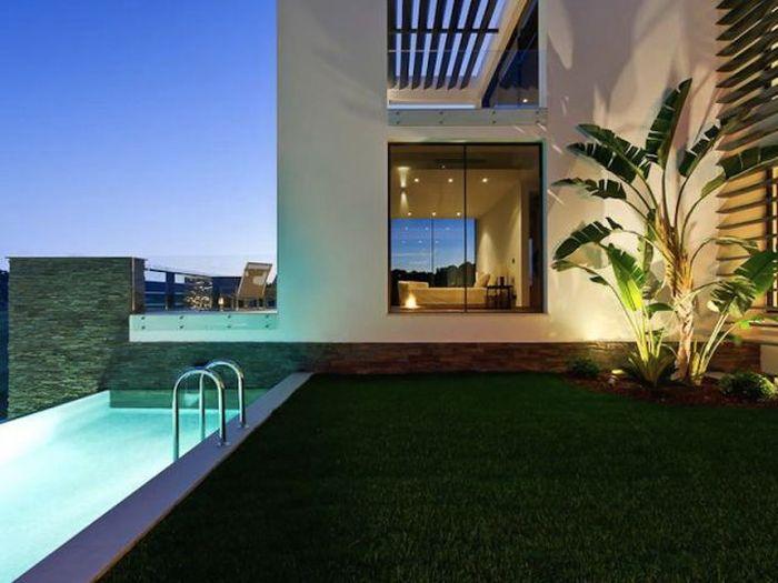 Beautiful Homes (31 pics)