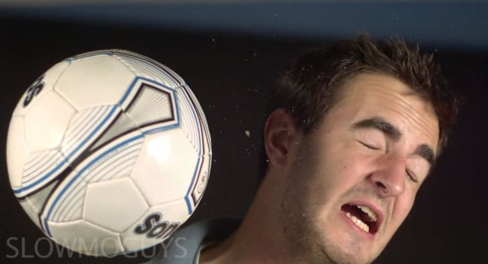 Ball to the Face (13 pics)
