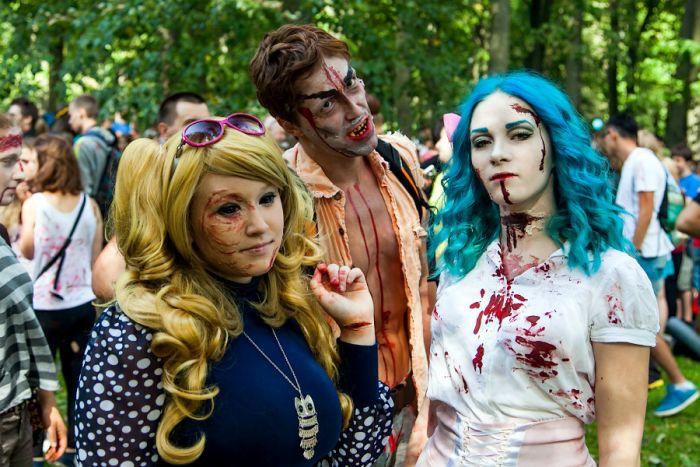 Zombie Walk in Saint Petersburg, Russia (46 pics)