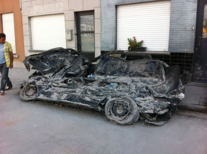 Cars Demolished by a Brick Wall (11 pics)