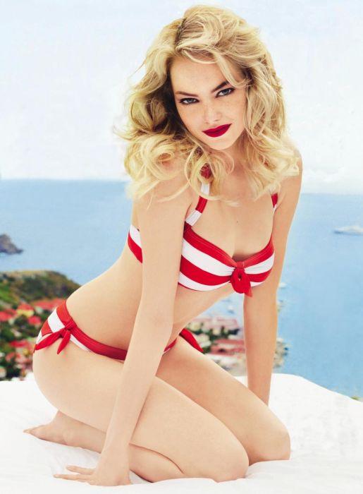 Sexy Celebrities in Bikini (41 pics)