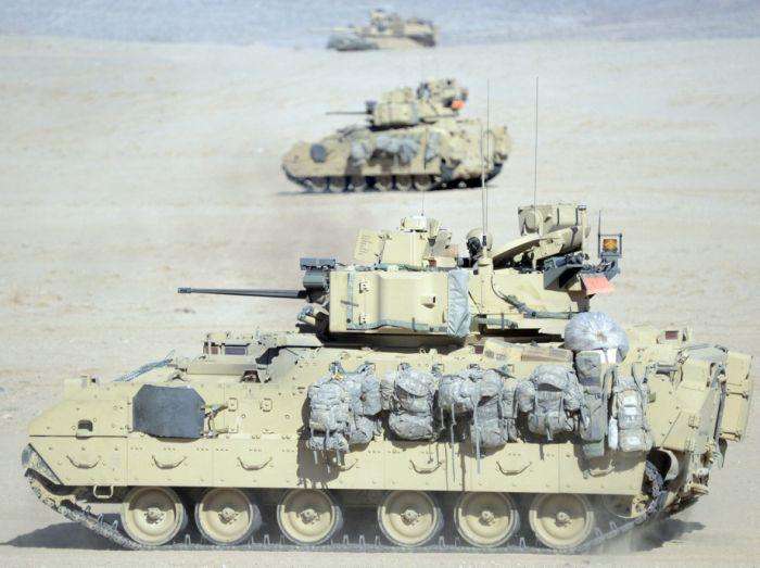 M2 M3 Bradley Fighting Vehicle 53 Pics
