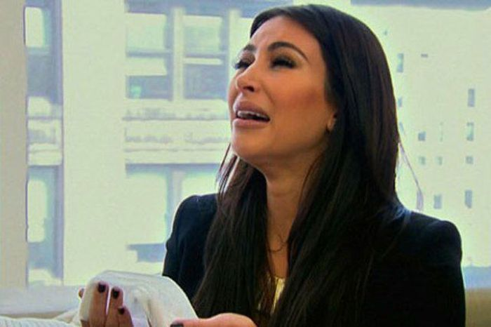 Kim Kardashian Crying (17 pics)