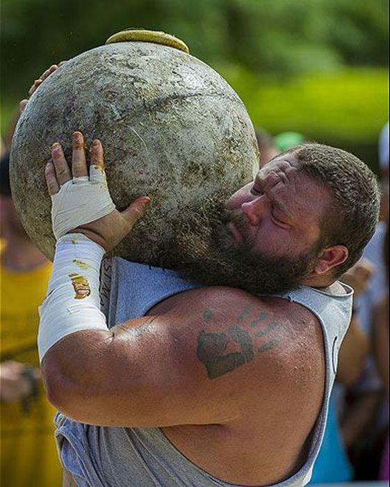 2013 World's Strongest Man (38 pics)