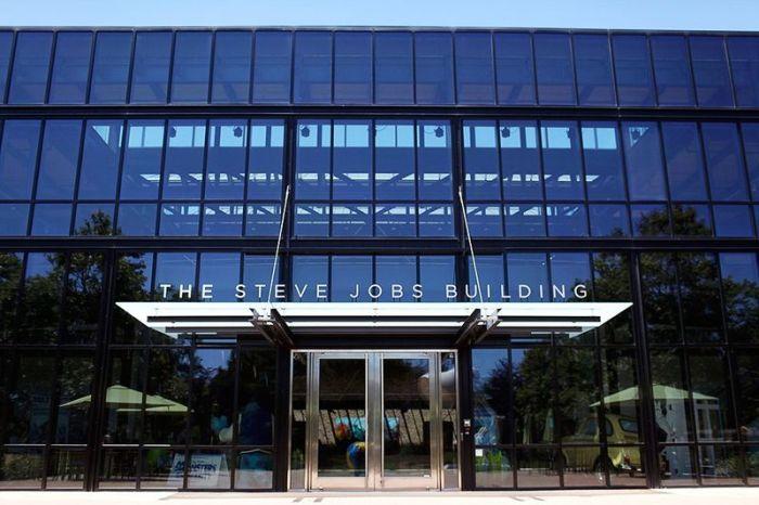 Pixar Offices in California (24 pics)