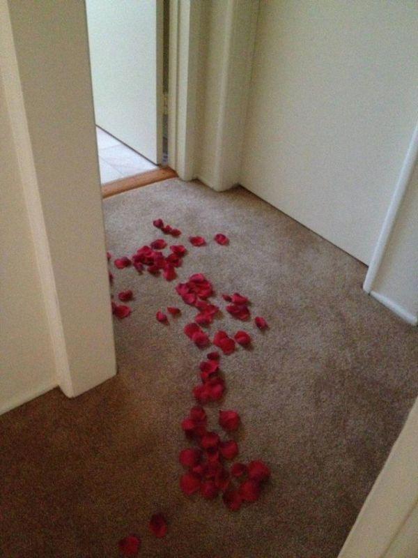 Romantic Surprise (7 pics)
