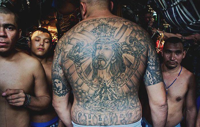 Prison in El Salvador (15 pics)