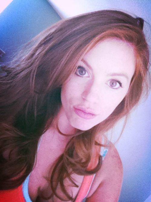 Pretty Redheads (49 pics)