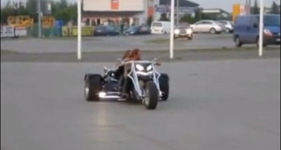 Awesome Trike Driving Skills