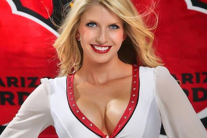 The Hottest NFL Cheerleaders (100 pics)