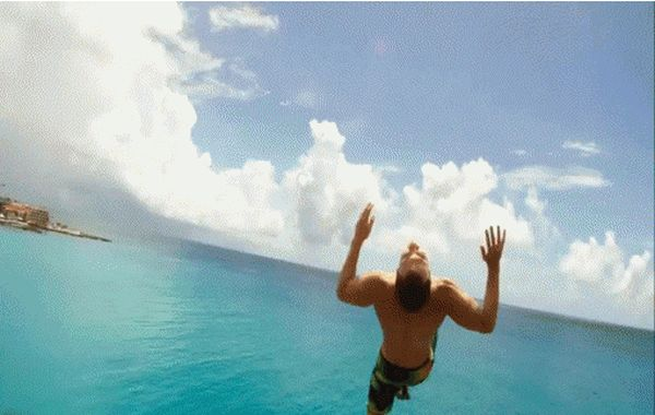 Back Flips Win and Fails (21 gifs)