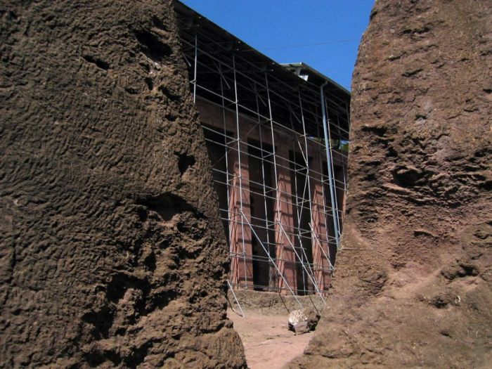 The Church of Saint George in Lalibela (44 pics)