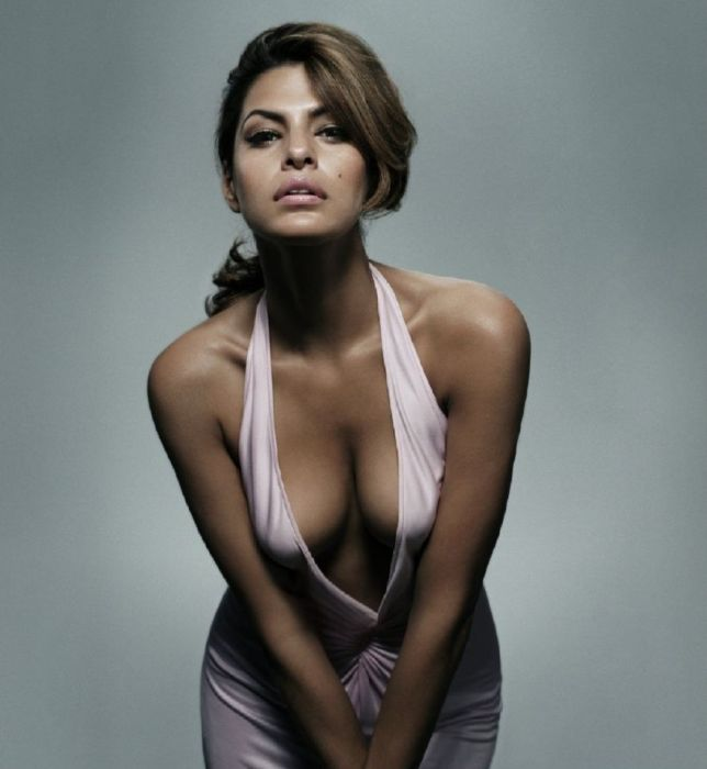 Sexy Photos of Eva Mendes (43 pics)