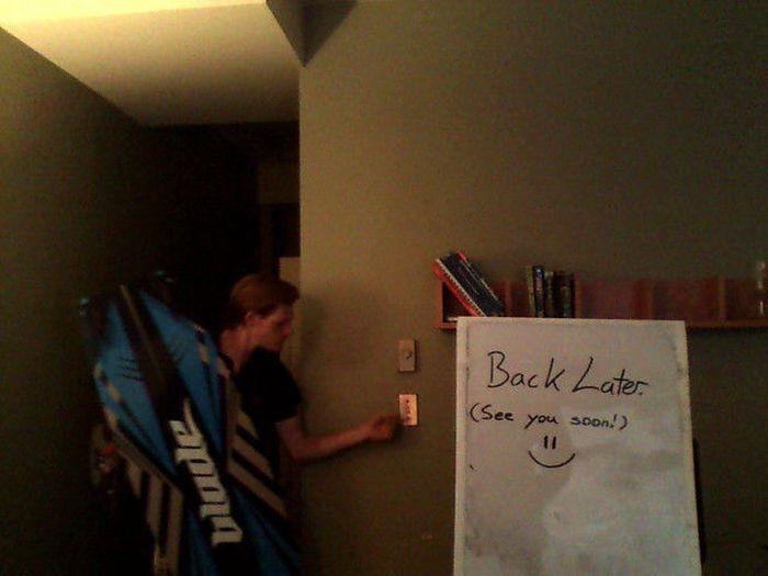 Roommate Search Campaign (50 pics)