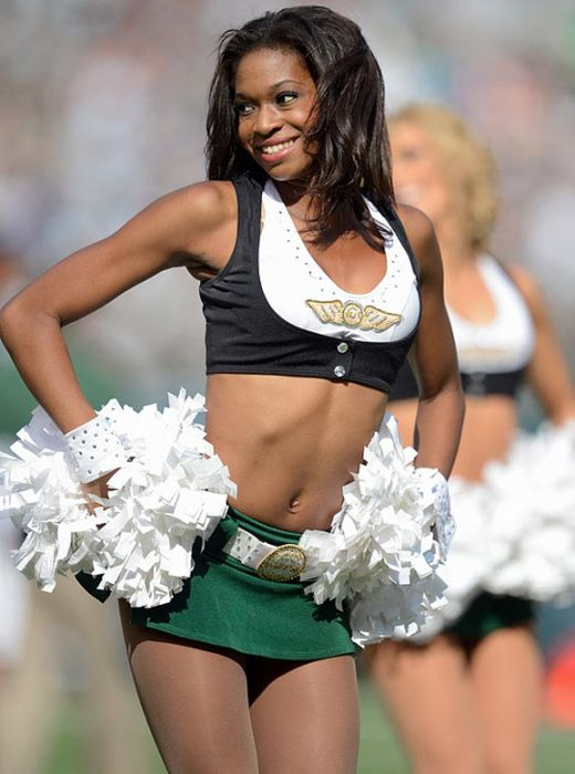 Cheerleaders sexy dance routines under fire for encouraging rape culture