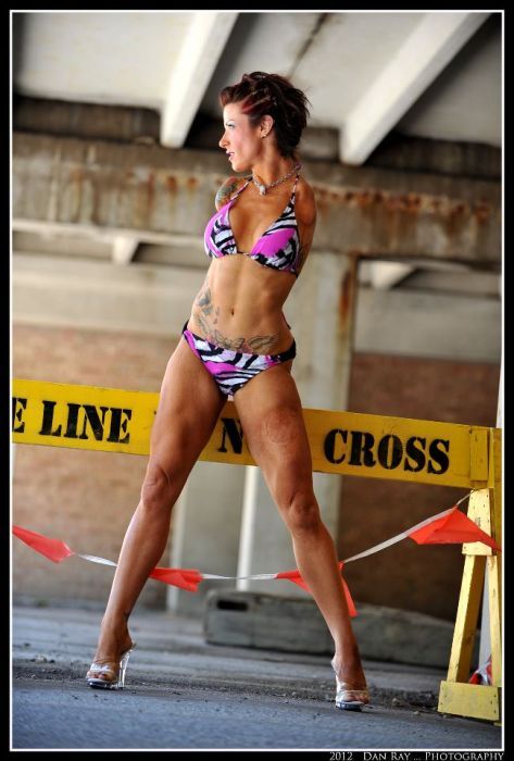 Unarmed Bodybuilder Barbie Thomas (29 pics)