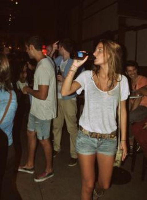 Girls Love Beer (44 pics)