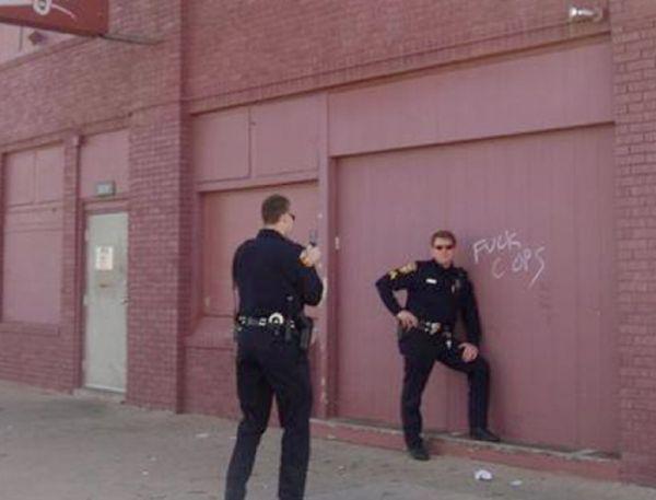 Good Cops (20 pics)