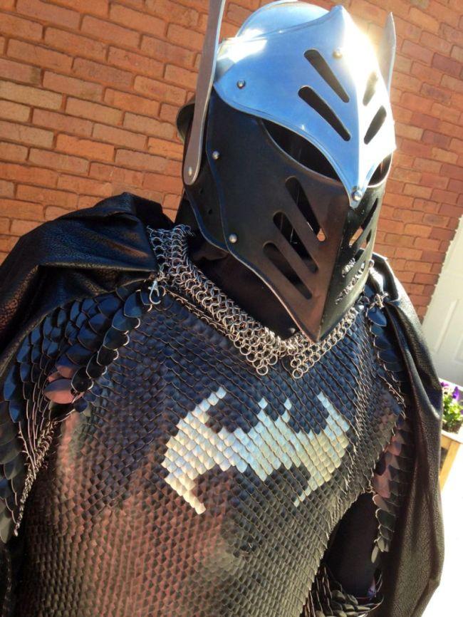 Dark Knight Armor (5 pics)
