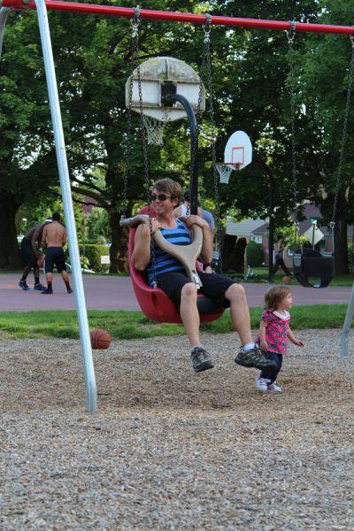 Swinging (33 pics)