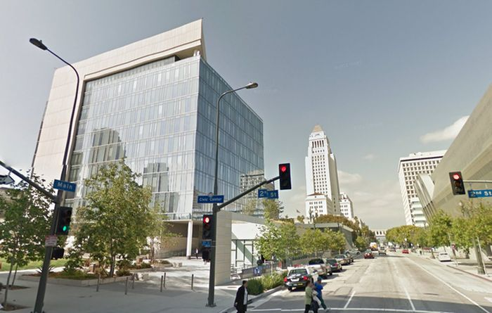 Downtown Los Angeles in 1952 and Now (14 pics)