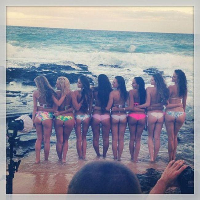 Summer Girls (35 pics)