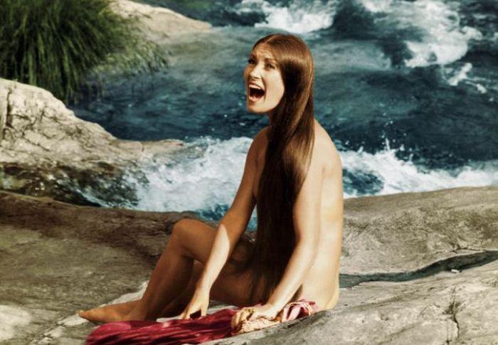 Jane Seymour in Bikini (2 pics)