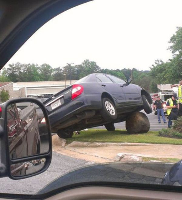 Problems with Vehicles (39 pics)