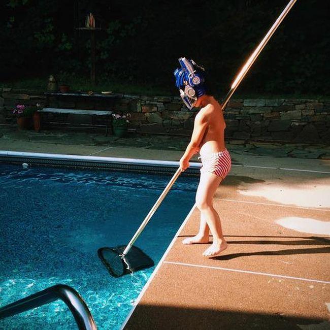 Kids Doing Weird Things (20 pics)