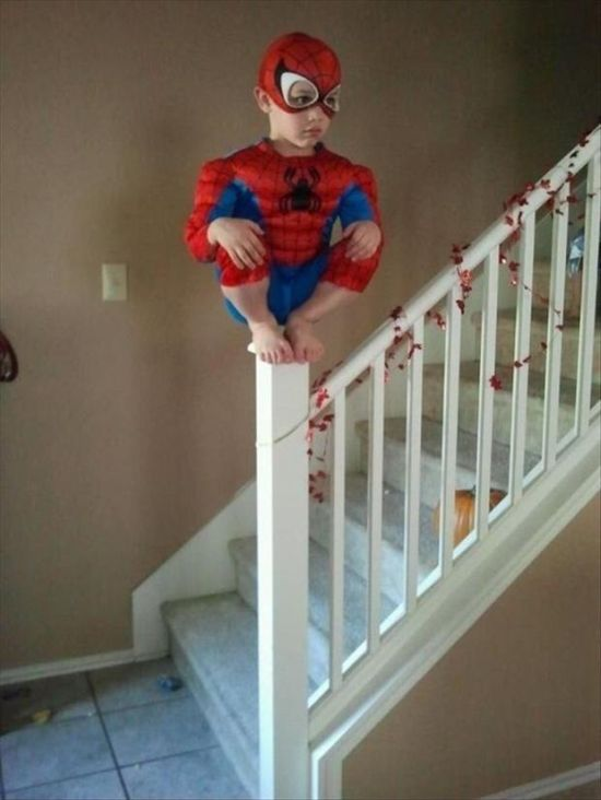 Kids Doing Weird Things (20 pics)