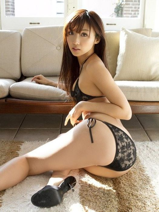 Hot Asian Girls (46 pics)