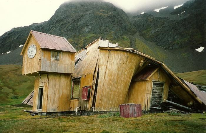 Ghost Towns Around the World (85 pics)