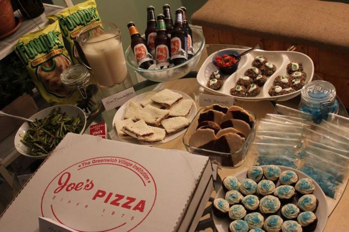 Breaking Bad Themed Party (26 pics)