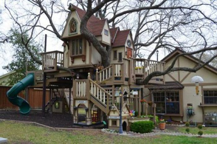 Awesome Playgrounds (22 pics)