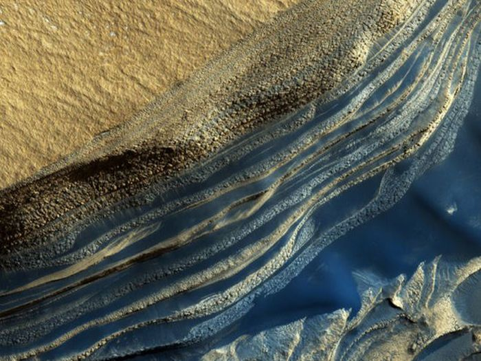 Pictures of Mars Taken by Orbiter (12 pics)