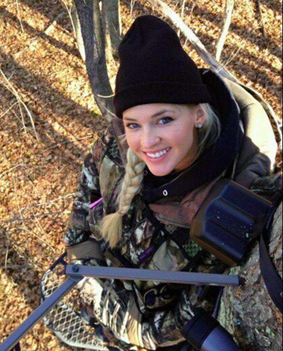 Photos of Miss Kansas Theresa Vail (16 pics)