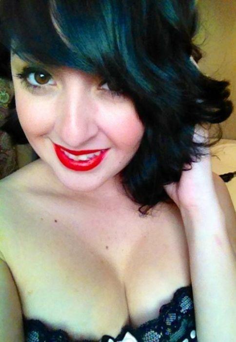 Red Lips (32 pics)